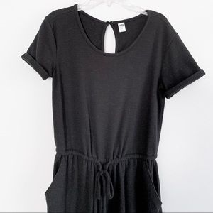 Black jumpsuit with keyhole back and pockets